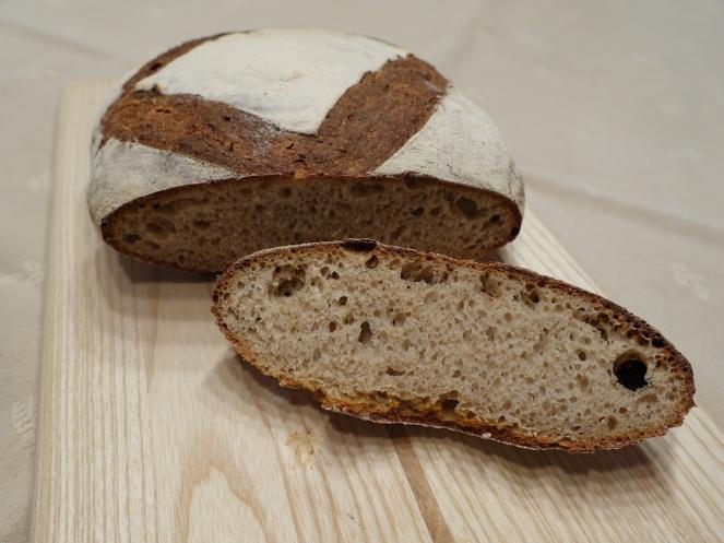 Péklány praraszt kenyér 3.JPG