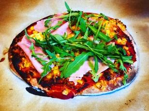 Kovászos pizza